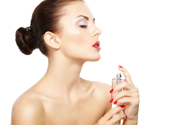 What is the impact of signature scents and perfumes on Traveler personality?